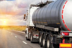 Container Logistikfirma til salg i nord Europa er specialiseret i multimodal transport af kemikalier i tankcontainere.